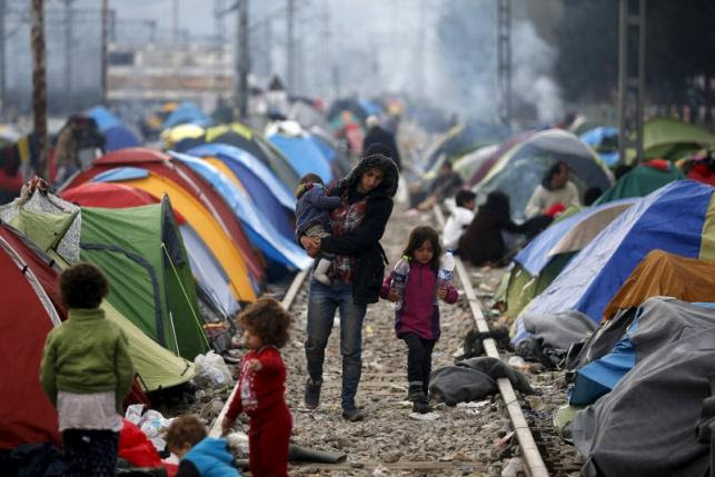 Image result for Greek refugee camp/Images