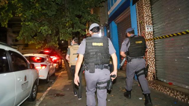 Fiscalização acaba com festa clandestina na zona leste de SP