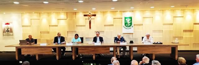 Foto: Composição da mesa (Mauro Noleto, Norma Silva, Dom Sergio, Pe. Virgílio e Pe. Ernanne)