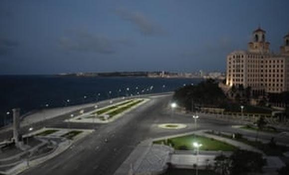 Havana introduces curfew to curb new coronavirus peak