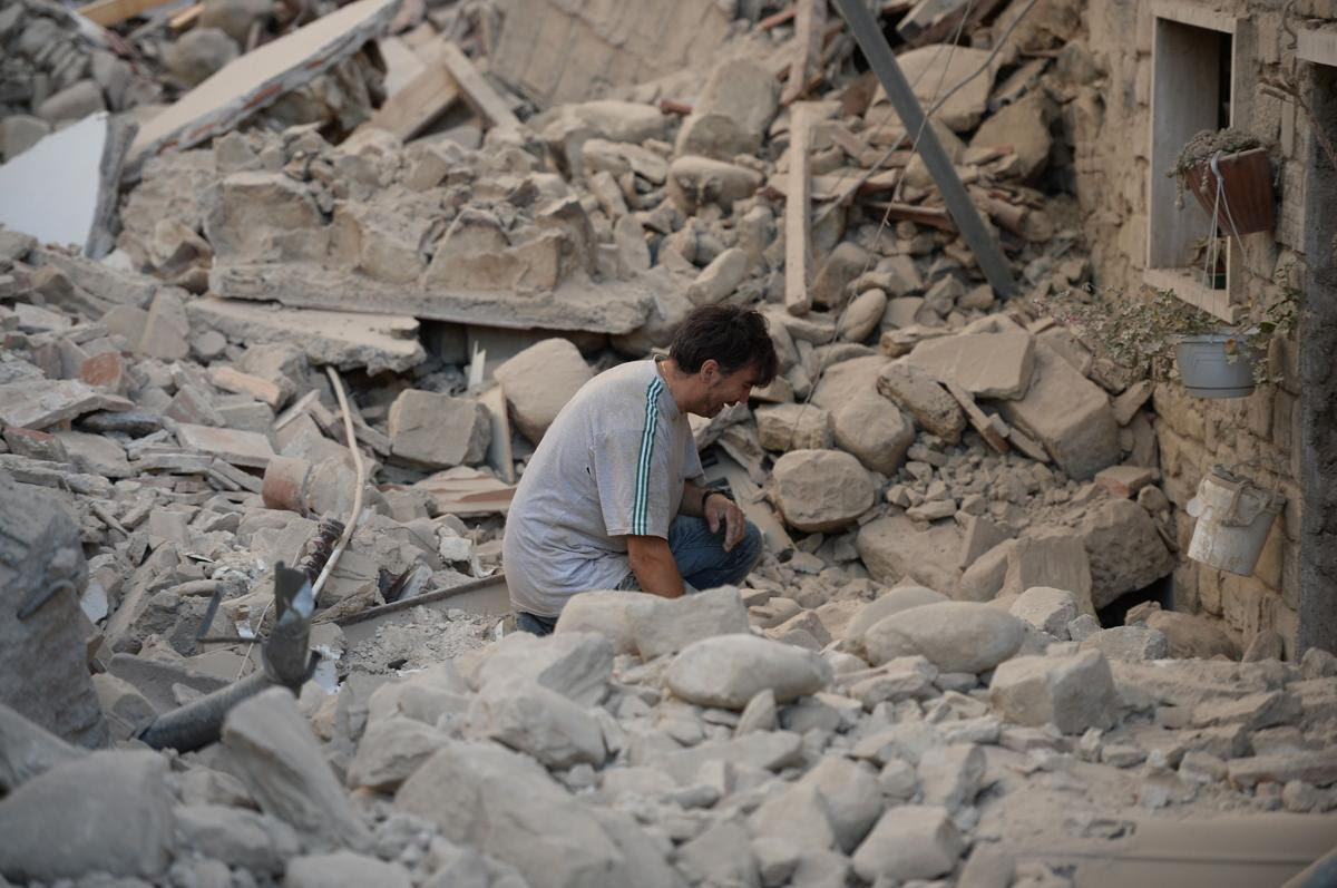 AFP FK5AC - A 6.2 earthquake rattles Italy