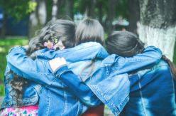 ¿Cuántos amigos podemos tener a lo largo de la vida? La ciencia responde