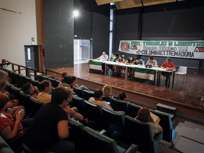 Una de las mesas de las marchas de la dignidad en Mérida