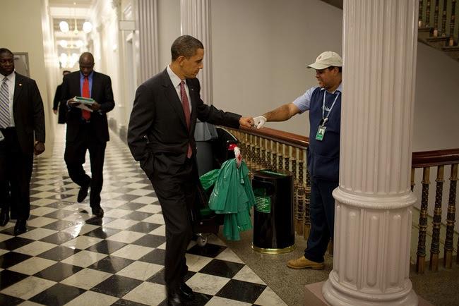 Nhiếp ảnh gia Nhà Trắng chụp 2 triệu bức ảnh Tổng thống Obama trong 8 năm - Ảnh 3.