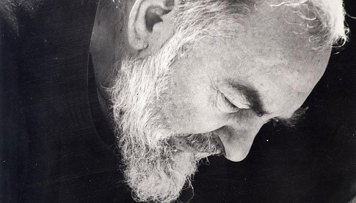 Św. Ojciec Pio z Pietrelciny - Kapłan Boży