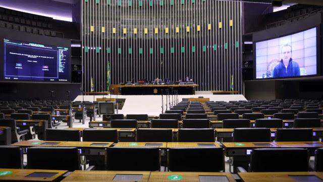 Texto-base da reforma eleitoral é aprovado na Câmara em 1º turno