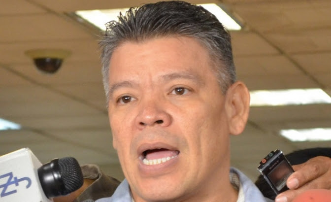 Abogado Omar Menjívar: Fiscal General ya debió instruir una investigación con lo que ha salido del juicio en la corte de EUA