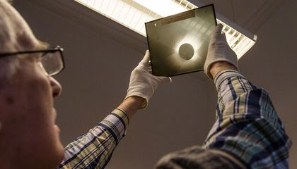 What the Obsolete Art of Mapping the Skies on Glass Plates Can Still Teach Us image