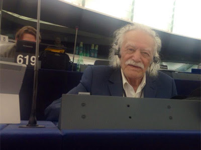 Manolis Glezos. R.S.