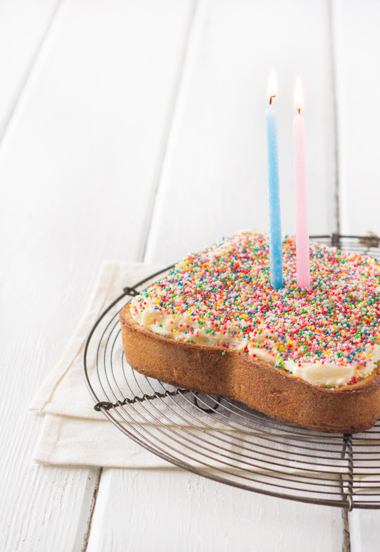 Giant Fairy Bread Cake