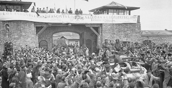 Liberación del campo de concentración de  Mauthausen en 1945.  DONALD R. ORNITZ