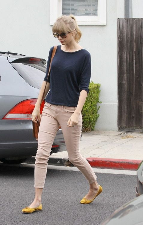 Celebrity Street Style Taylor Swift 47