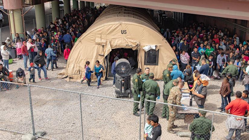 """EE.UU.: La frontera sur está en """"punto de quiebre"""" ante la llegada """"sin precedentes"""" de migrantes centroamericanos"""