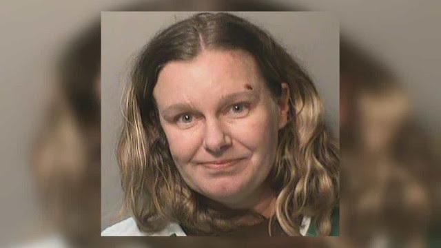Mulher é condenada a prisão após atropelar duas crianças por racismo