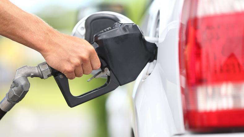 Átszakadt a gát: óriásit ugrik péntektől az üzemanyagok ára