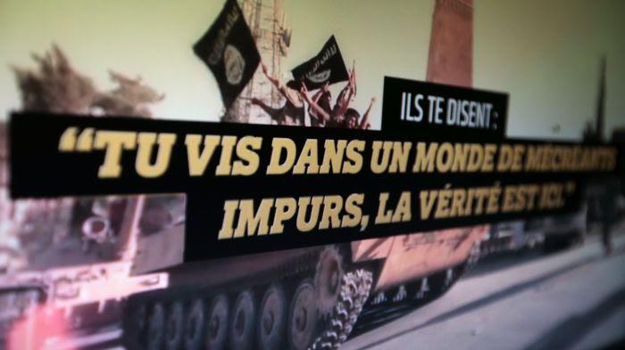 Il existe une plateforme gouvernementale : stop-djihadisme.gouv.fr