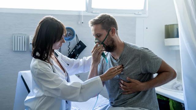 Existem dois padrões de lesão nos pulmões de doentes com Covid-19
