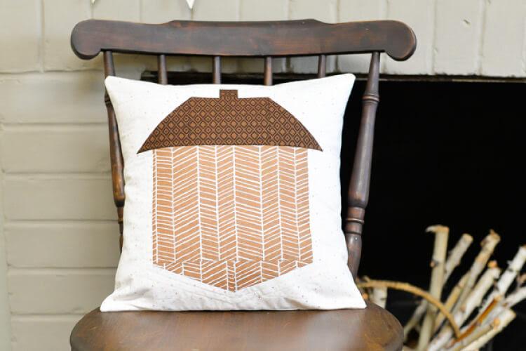 hey lets make stuff- blog -Acorn quilt block tutorial