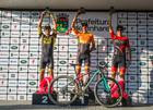 Pódio da elite masculina super pro (Wladimir Togumi / Brasil Ride)