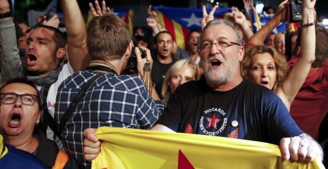 Seguidores de Junts pel Sí celebran los resultados./ REUTERS