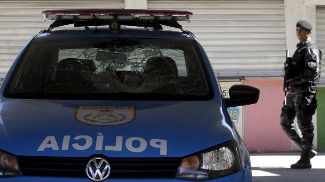 Polícia do Rio instaura inquéritos para apurar vacinação indevida