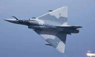 Οι Τούρκοι παραδέχθηκαν την ήττα τους: ''Ελληνικό Mirage κλείδωσε μαχητικό μας!''