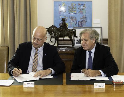La OEA y la Comunidad de Democracias fortalecen lazos de colaboración para la sostenibilidad democrática