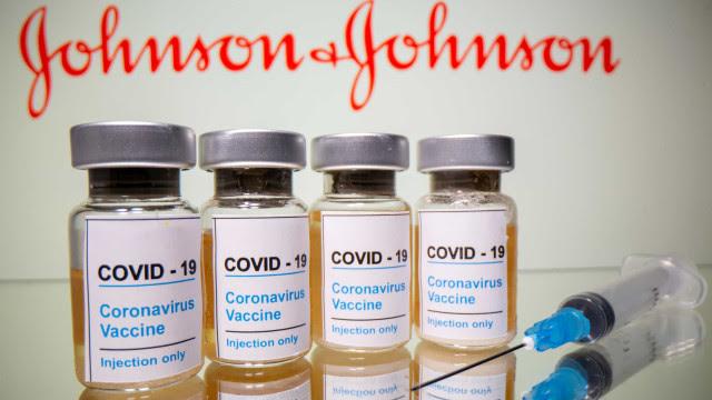Johnson & Johnson pede à FDA que autorize uso de emergência da sua vacina
