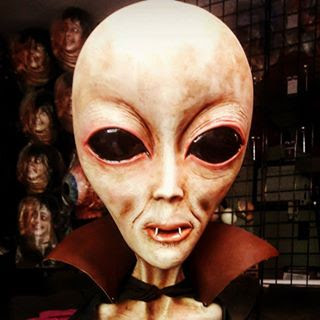 Huge Alien Disclosure: Researcher Has Discovered How UFOs Are Coming to Earth (Video)