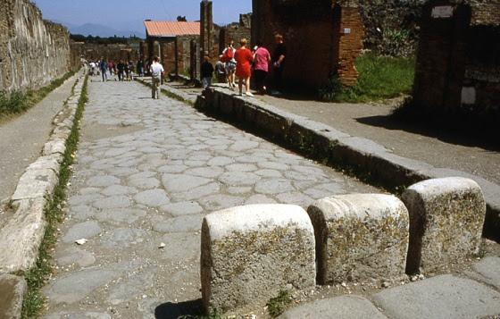pompei-via-del-abbondanza