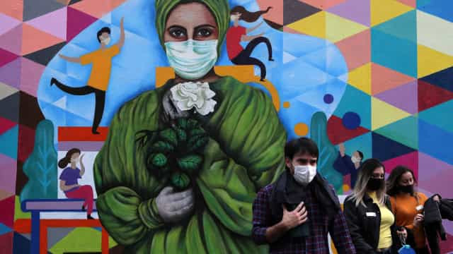 Brasil tem 7,26 milhões de casos de covid-19 e 187,2 mil mortes