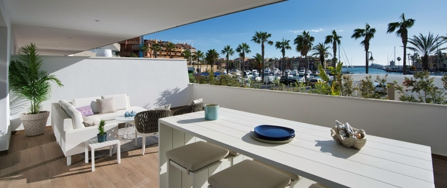 Pier, apartments and penthouses in La Marina de Sotogrande