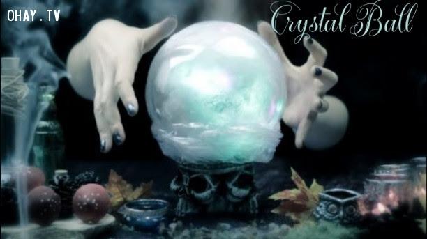 3. Quả cầu pha lê (Crystal Ball),tâm linh,công cụ bói toán,bài tarot,bàn cầu cơ