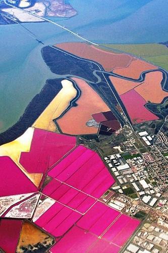 634878493265180000 Tuyệt vời sắc màu của ruộng muối ở San Francisco