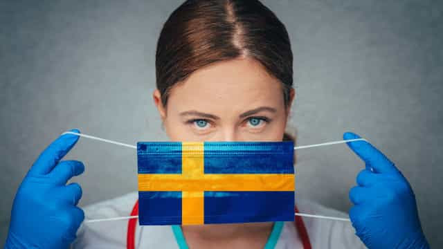 Em nova estratégia contra coronavírus, Suécia reduz limite de pessoas em eventos públicos de 300 para 8