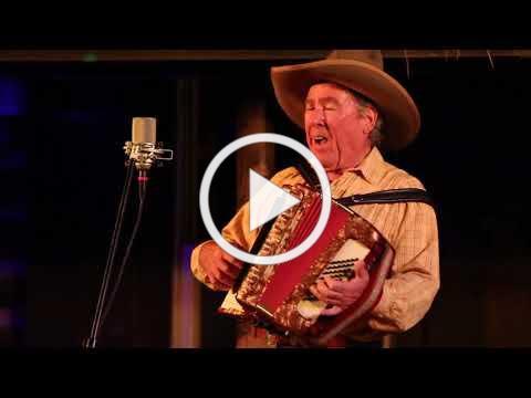 Sourdough Slim and Robert Armstrong - Hesitation Blues