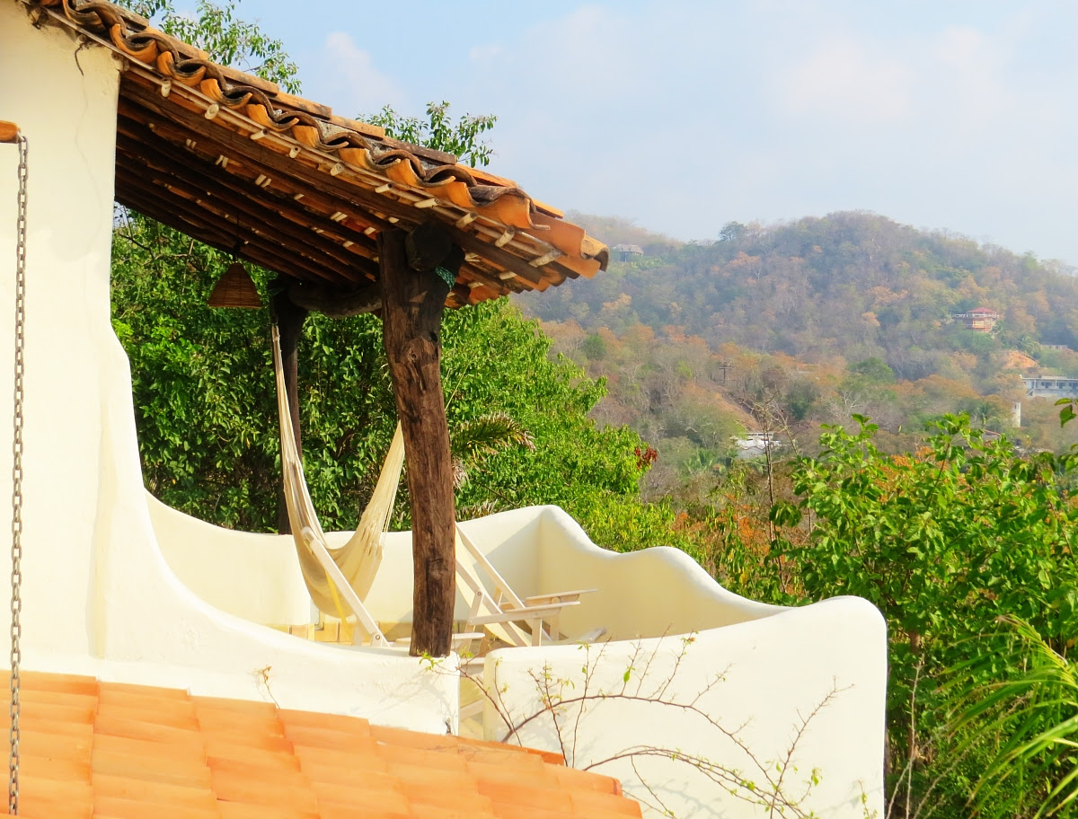 Heven Zipolite: A Bed And Breakfast With A View