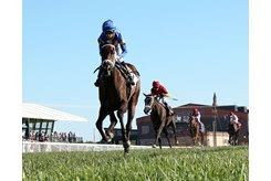 Turnerloose wins the Aristocrat Juvenile Fillies Stakes at Kentucky Downs
