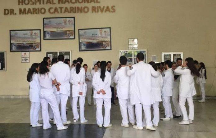 Médicos y personal de salud de Honduras