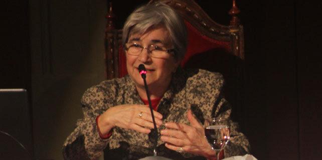 Miren Etxezarreta, durante su intervención en el acto de apoyo a las Marchas de la Dignidad celebrado el pasado 1 de marzo en el Ateneo de Madrid. A.López de Miguel