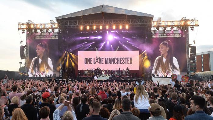 VIDEO. Ariana Grande, Coldplay, Katy Perry : des stars rendent hommage aux victimes de l'attentat à Manchester