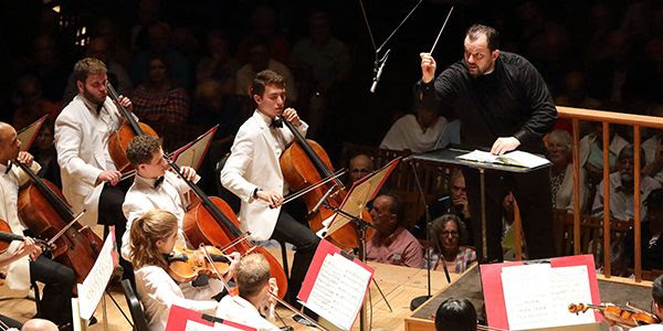 [Andris Nelsons with the TMCO]