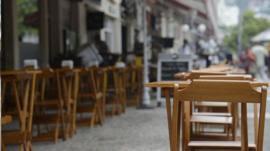 'Reabrir agora é suicídio': os donos de bares e restaurantes que decidiram continuar fechados