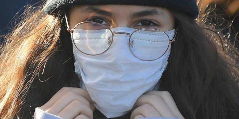 """Si has perdido el sentido del olfato o del gusto, podrías ser un """"portador silencioso"""" del coronavirus."""