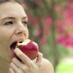 Devemos Comer Frutas Antes ou Depois das Refeições?
