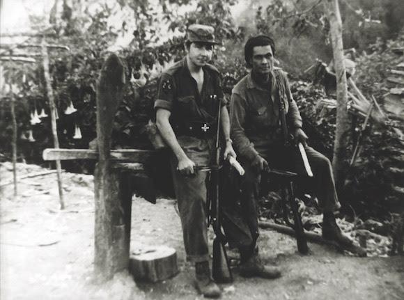 Raúl decidió capturar ciudadanos norteamericanos con el objetivo de impedir que continuaran los bombardeos, al estar estos prisioneros norteamericanos en la zona rebelde. Estos fueron los dos grandes objetivos de la Operación Antiaérea en Segundo Frente.. Foto: Archivos de la Oficina de Asuntos Históricos del Consejo de Estado.