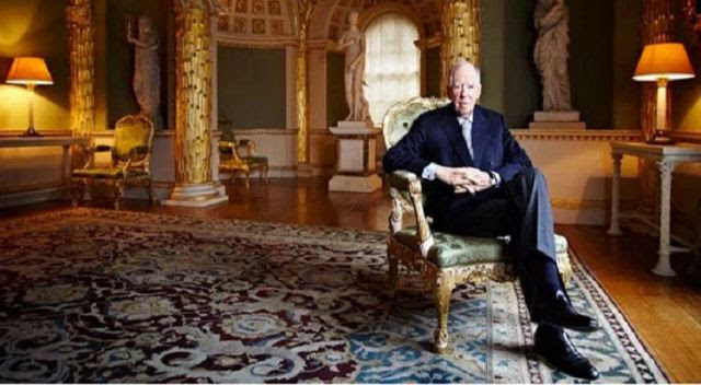 Rothschilds Buy Up All of the Gold Signalling World Banking Collapse? (Video)