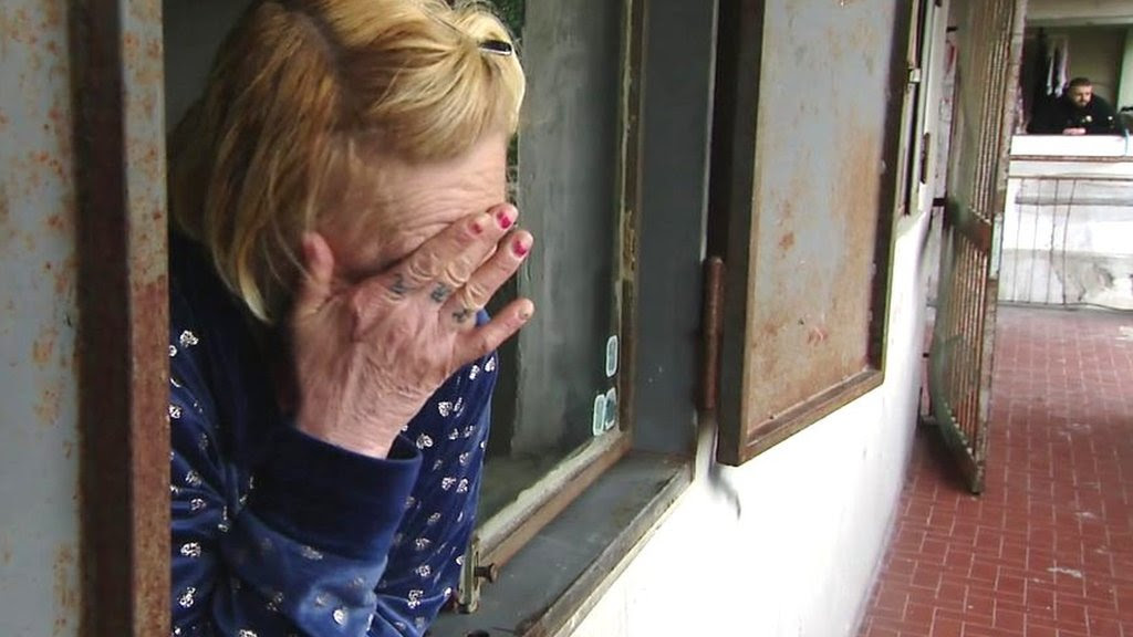 Coronavirus: Naples feels the cost of Italy's lockdown