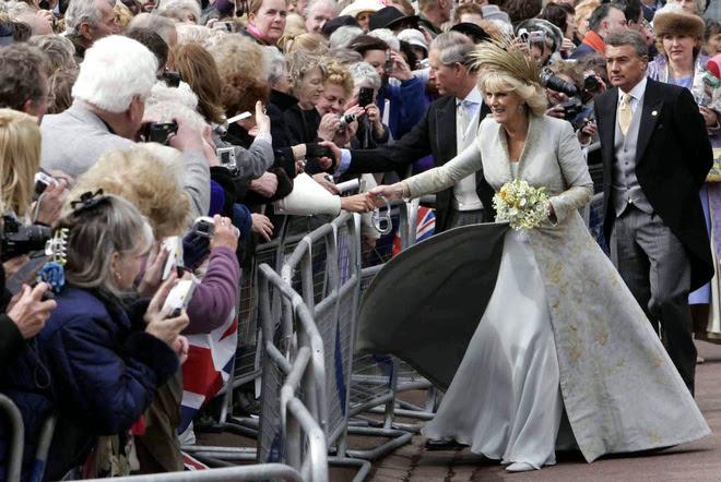 Đặt lên bàn cân hai lần cưới vợ khác nhau một trời một vực của thái tử Charles - Ảnh 17.