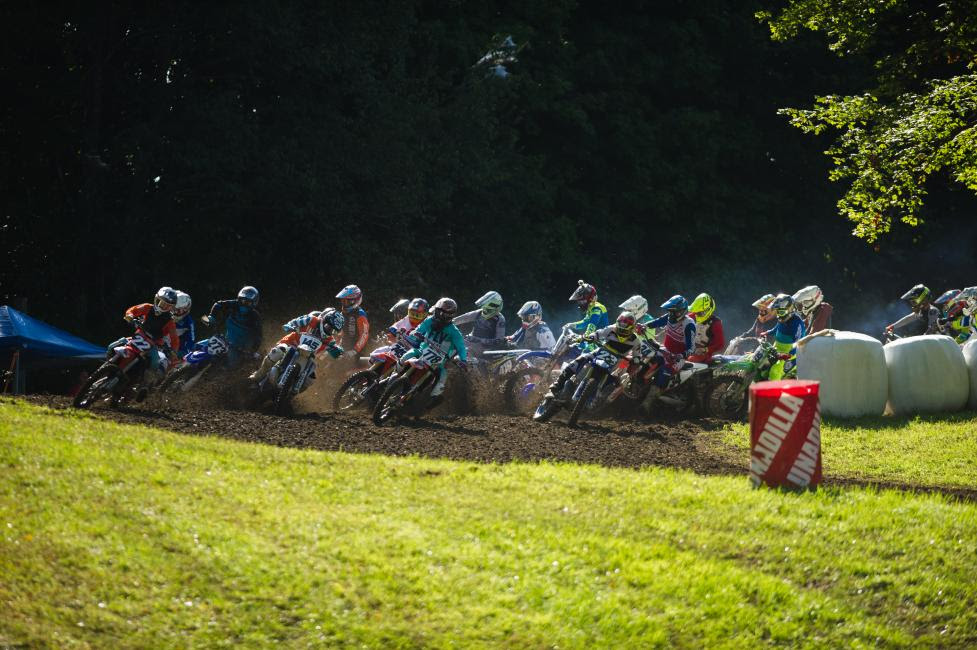 The 122-250cc Expert A class gets underway at Unadilla.